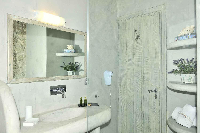private pool villa, comfortable bathroom