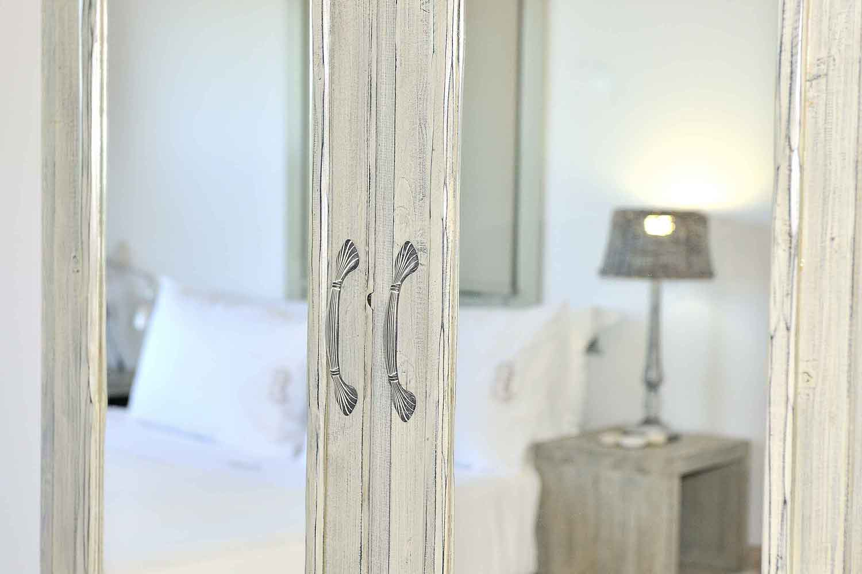private pool villa in Lefkada, elegant decorated bedroom