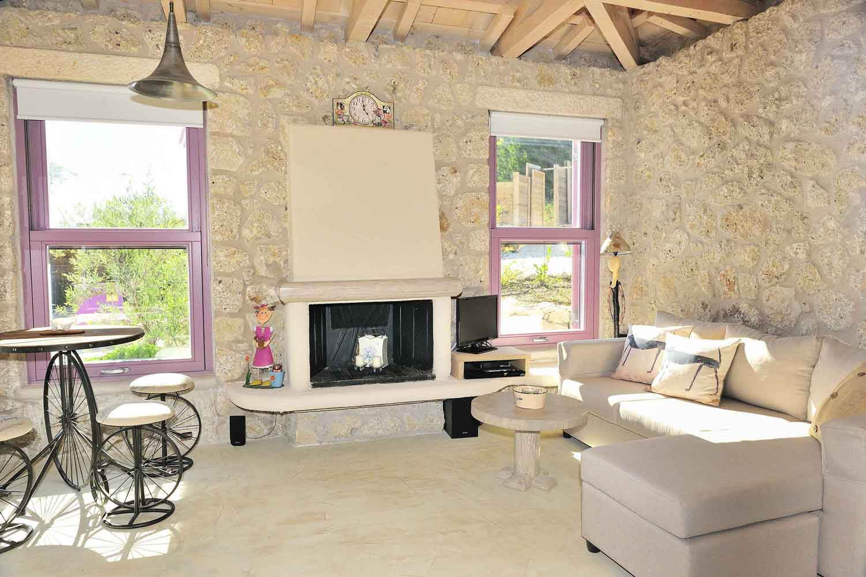 private pool villa rentals, spacious living room