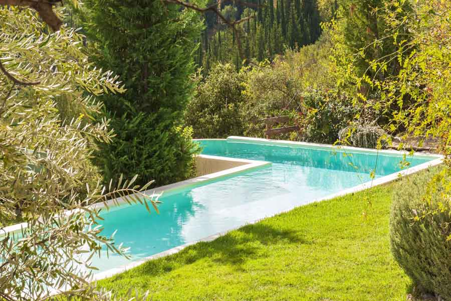 private pool villa to rent, beautiful garden landscape